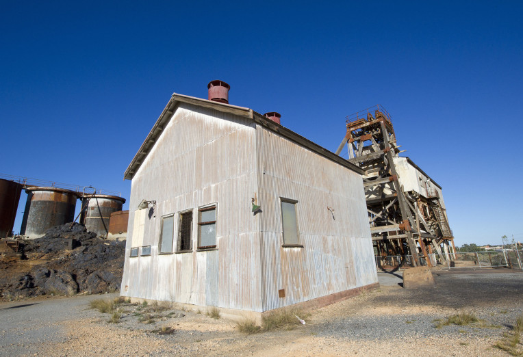Working Building at Broken Hill
