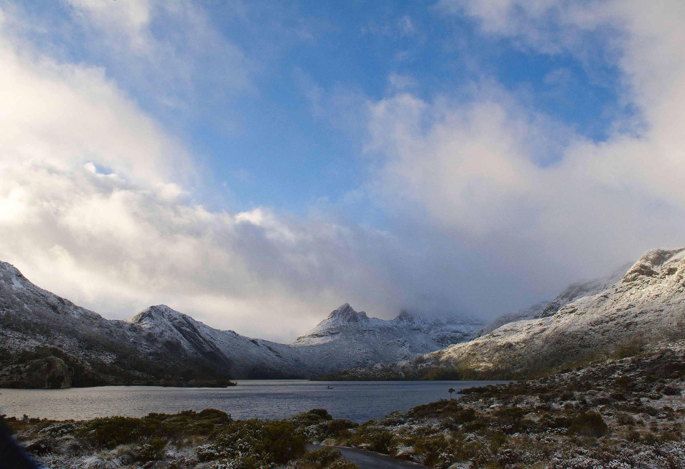 First light on Cradle Mountain, Tasmania, Australia